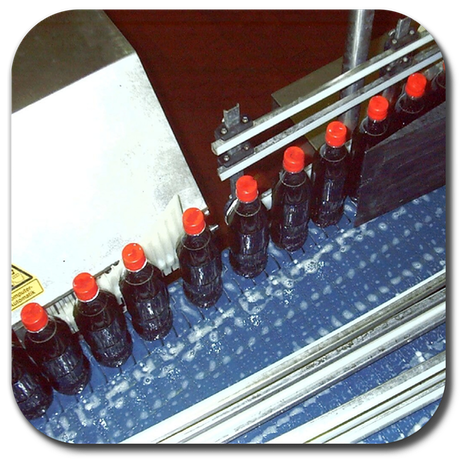 Hi speed sampling of PET bottles with petaloid bottom
