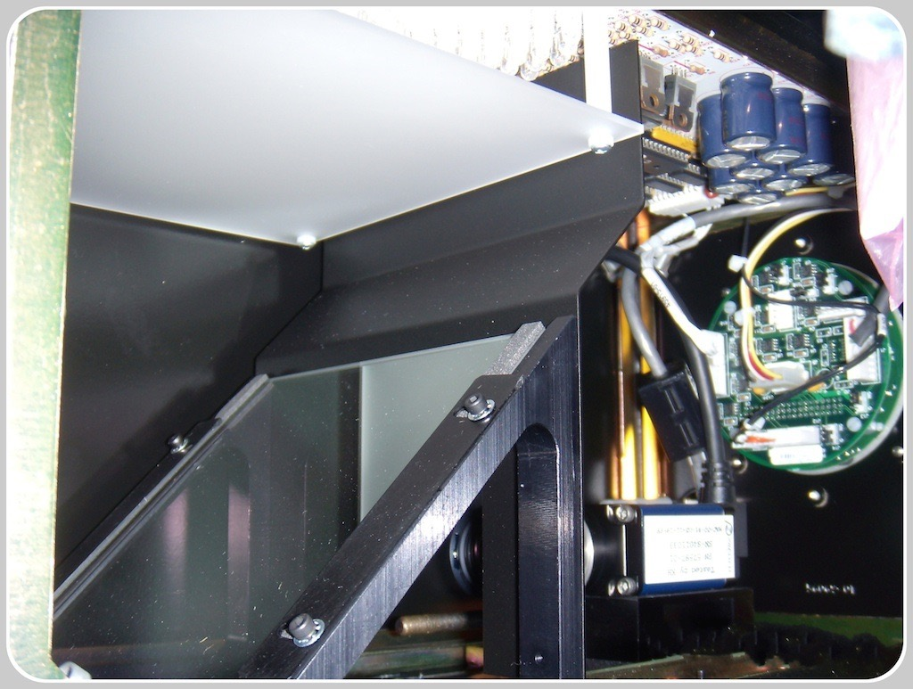 LEDs matrix illuminator in a Pressco® Intellispec® system
